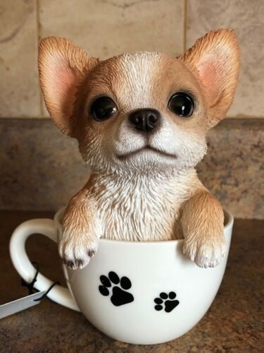 TEA CUP CHIHUAHUA COLLECTIBLE FIGURINE