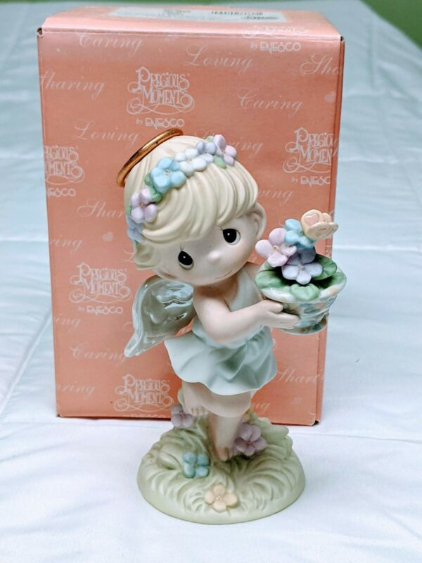 Precious Moments Figurine - Hope Blooms In A Garden Of Glory #114027: Pre-Owned