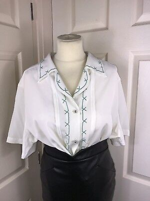 (Ladies White Blouse Size 16 50