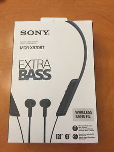 Sony MDR-XB70BT Headphones/Earbuds