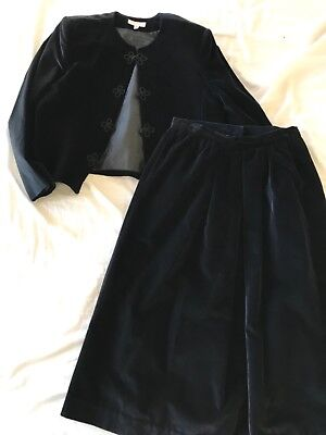 Brooks Brothers Womens Suit/skirt and jacket set Vintage 80's Velveteen fits 8