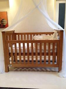 Tasman cot and beding accessories for sale Westlake Brisbane South West Preview