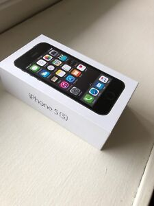 Black iPhone 5S - 16GB for sale