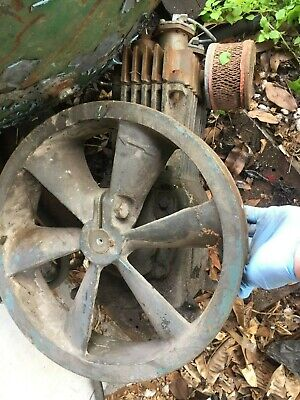 Cast Iron Air Compressor 1with Pulley Located In Sebring Florida
