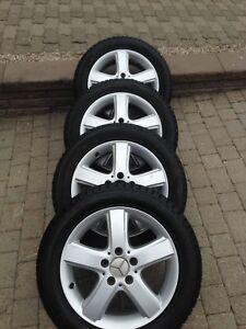 Mercedes B200 mags pneus d'hiver 205-55-16 12/32