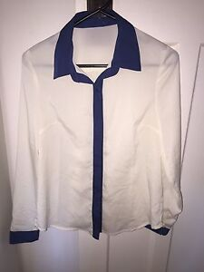 Sheer White and Blue Collared Top Size 6-8 Hamilton Newcastle Area Preview