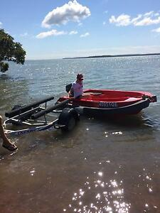 Redlands Boat Hire on Moreton Bay 'Tow & Go' where you want. Redland Bay Redland Area Preview