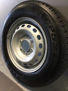 """HYUNDAI I LOAD 16"""" GENUINE WHEELS AND TYRES Carramar Fairfield Area Preview"""
