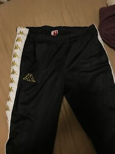 Size M Kappa track pants