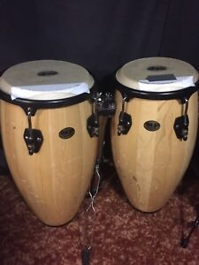 LOTS OF MUSIC GEAR - no low balls, make a realistic offer.