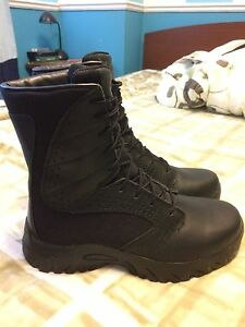 Oakley boots tactical/ military/ police boot 9.5 BRAND NEW