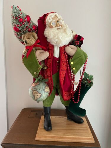 "Lynn Haney Santa Figurine ""Keeping Christmas"" 2011 Limited Edition #120 of 350"