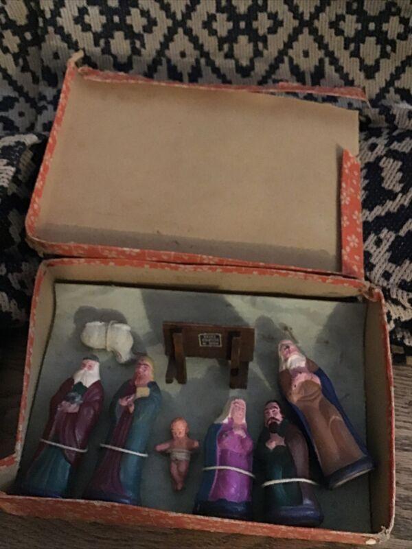 Occupied Japan Vintage 8 Pc Nativity w/ Box