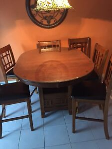 Wood Dining / kitchen  table and chairs