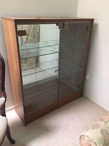 Mirrored display cabinet Durack Brisbane South West Preview