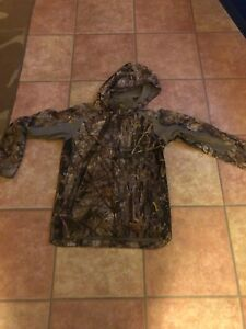 Youth Cabelas camo outfit