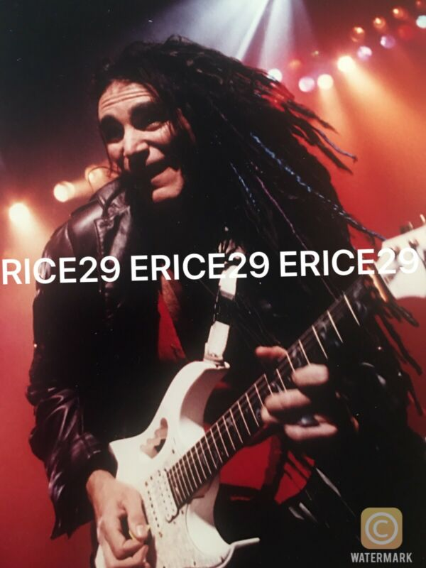 """1997 Steve Vai 5"""" x 8"""" Photograph By Mark Anthony Lacy SIGNED"""