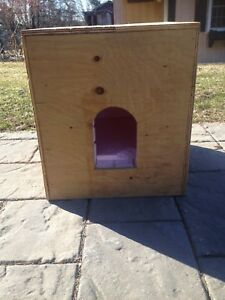 Insulated pet house