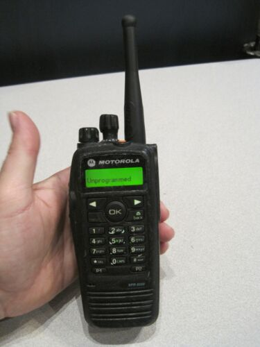 Motorola XPR6550 UHF Digital DMR MotoTrbo Radio 403-470 MHz  AAH55QDH9LA1AN
