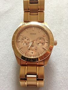 Women's Rose gold Guess watch