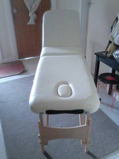 MASSAGE TABLE FOR SALE Clayton South Kingston Area Preview
