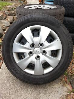 Hyundai i30 stock steel rims, tyres and hub caps Wamberal Gosford Area Preview