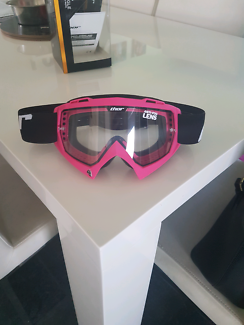Wanted: Womens thor googles