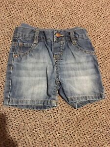 Boys shorts size 9 months