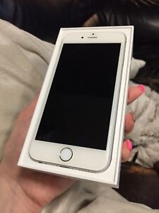 iPhone 6s (16gb) ( locked to Rogers)