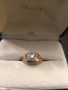 Man's 14kt Gold Diamond Ring