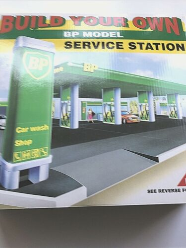 BP Model Service Station, 1995 Edition, Build Your Own, NIB