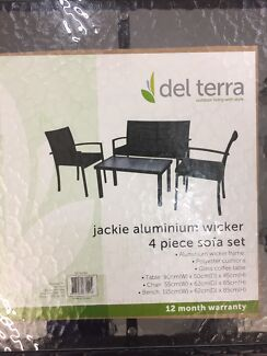 Del terra Jackie aluminium wicker set 3 chairs and table.