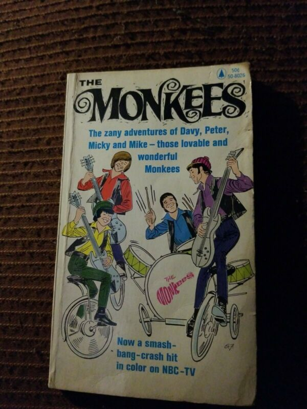 THE MONKEES PAPERBACK BOOK 1966