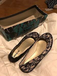 Size Nine Dress Flats