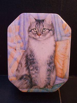 Metal Cat Decorated Storage Tin