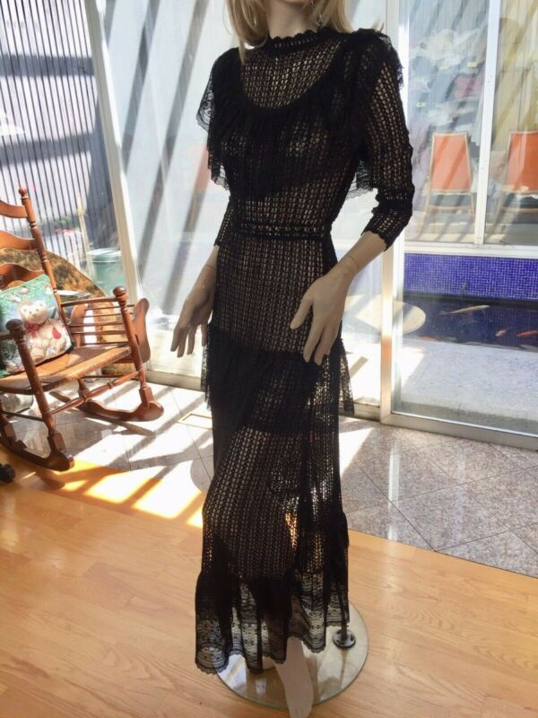 Lim's Vintage Victorian Style Maxi Dress, Made Of Soft Vintage Cotton Thread.