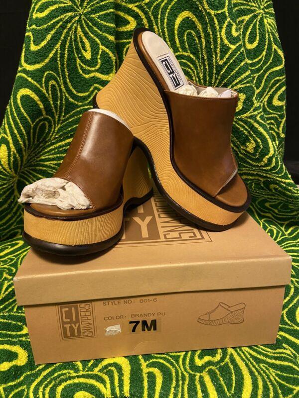 Vintage 90s Y2k Brown Platform Heels Size 7