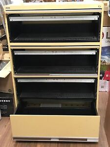 Lateral filing Cabinet – 4 drawers