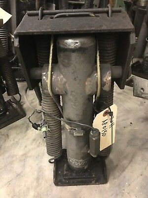 Used Rv Motor home HWH Hydraulic Jack AP0130