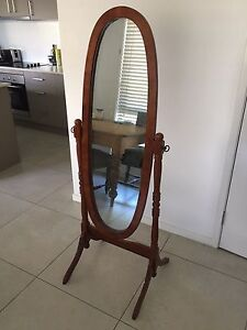 Free standing mirror Miami Gold Coast South Preview