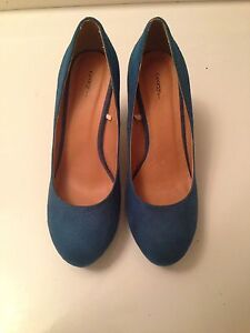 Suede High Heals, Great Condition Size7 1/2