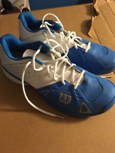 Men's Wilson tennis shoes, size 11.5