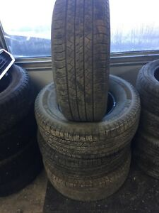 Set of 4, 265/70/15 Michelin Latitude tour tires