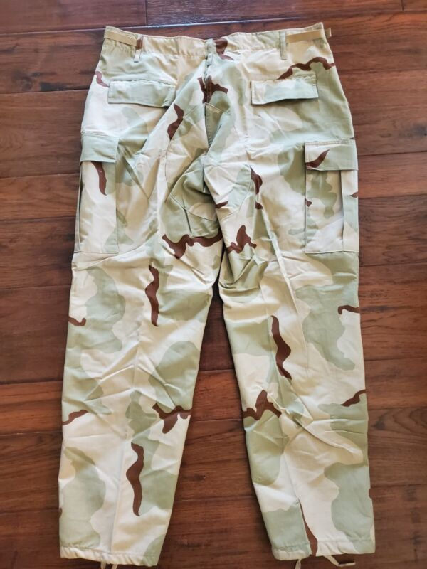 US. MILITARY ISSUE,DESERT CAMOUFLAGE, PANTS,TROUSERS, Large-Regular