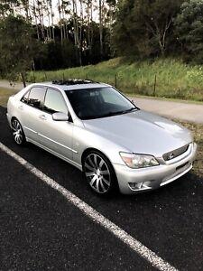 2002 Lexus IS200 Sports Luxury - Manual