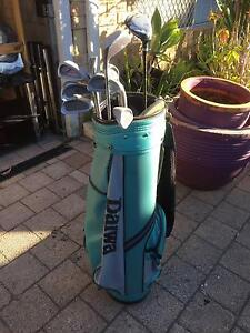Old Golf Clubs with Bag Beckenham Gosnells Area Preview
