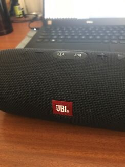 JBL charge3 good condition