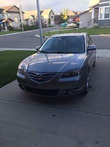 2005 Mazda 3, low km!