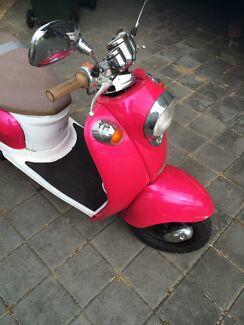 Scooter v-moto