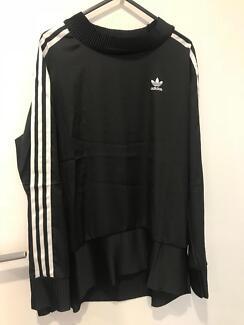 Silky adidas sweater size 10 woman